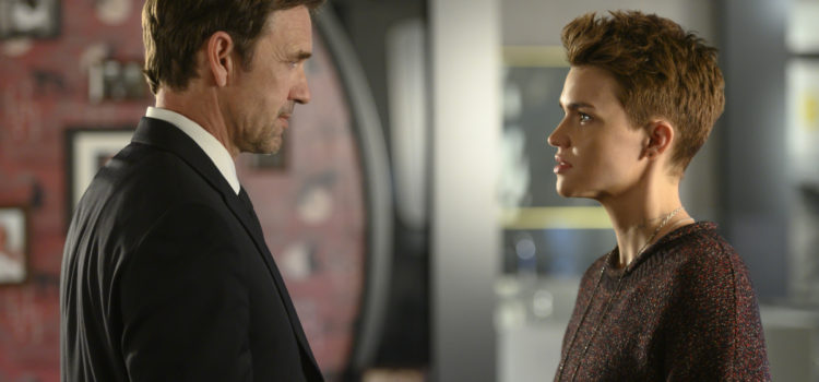 Interview: Dougray Scott Talks Batwoman