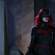 "Batwoman ""Down Down Down"" Photos: Gabriel Mann is Tommy Elliot!"