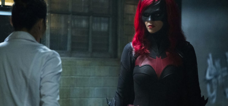 "Batwoman Photos: ""I'll Be Judge, I'll Be Jury"""