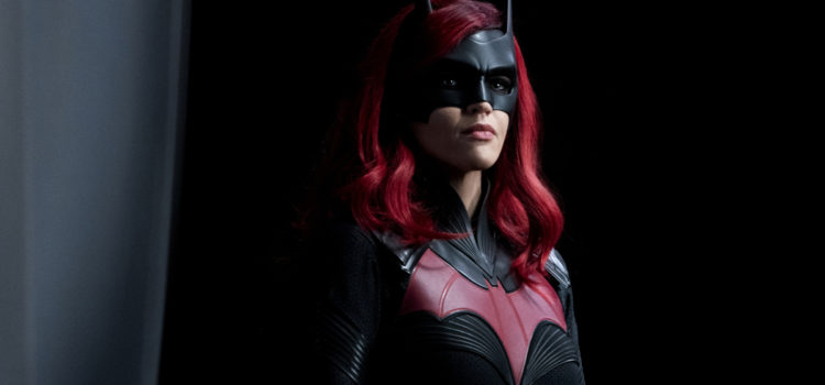 "Batwoman Photos: ""Grinning From Ear To Ear"""