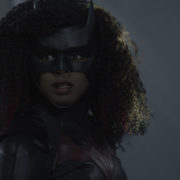 "Batwoman Photos: ""Arrive Alive"""